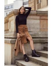 Spódnice na zimę - co wybrać by wyglądać dobrze?